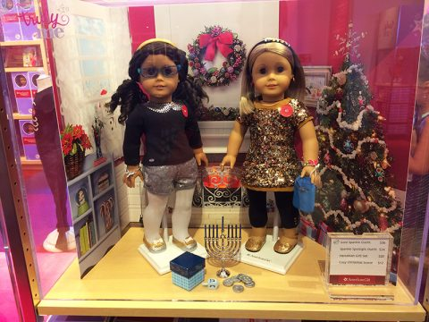 american-girl-gold-sparkle-outfit-cozy-christmas-scene-sparkle-spotlight-oufit-hanukkah-gift-set