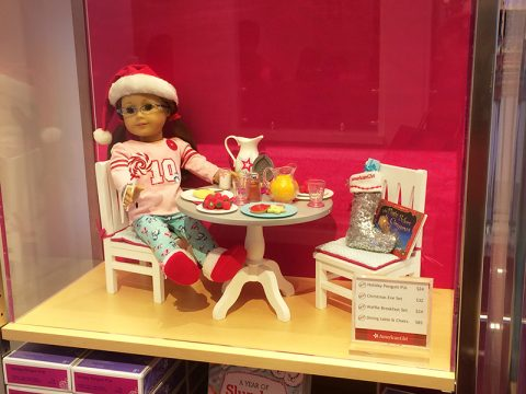 american-girl-holiday-penguin-pj-christmas-eve-set-waffle-breakfast-set-dining-table-chairs