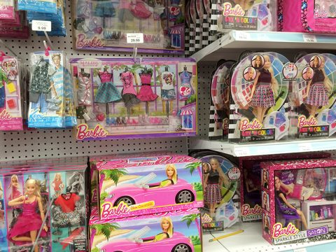 barbie-dolls-at-tru