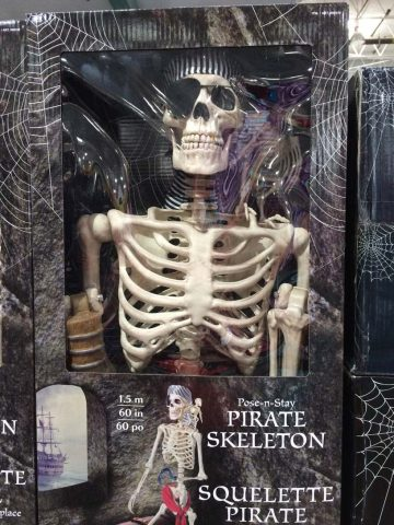 costco-pirate-skeleton