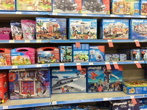 toys-r-us-playmobil-clearance