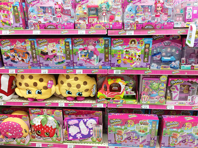 Girl Toys At Toys R Us : Toys r us shop run and journey girls haul american girl
