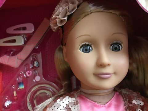 our-generation-doll-audra-face