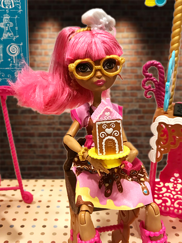 Ever After High Doll Gingerbread House From Sugar Coated
