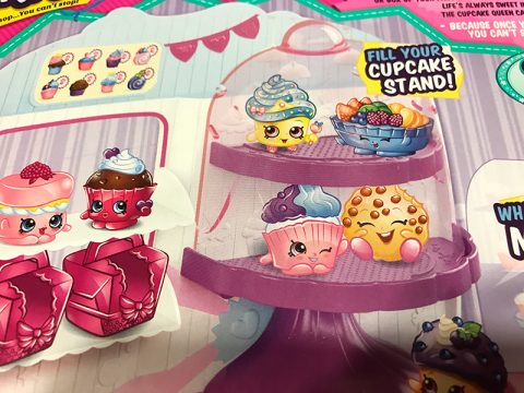 shopkins-royal-cupcake-stand