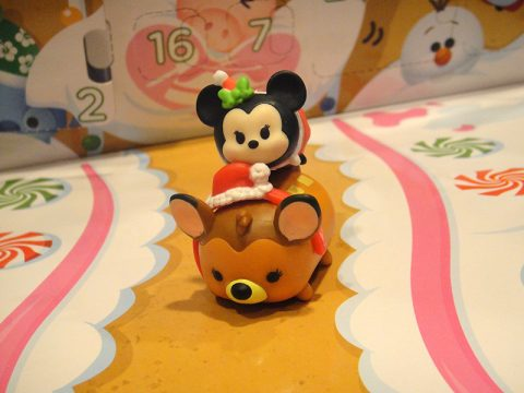 disney-tsum-tsum-christmas-bambi-minnie-stacking-toy