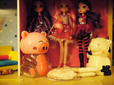 star-darlings-dolls-libby-scarlet-sage-thanksgiving-pig-cow-turkey