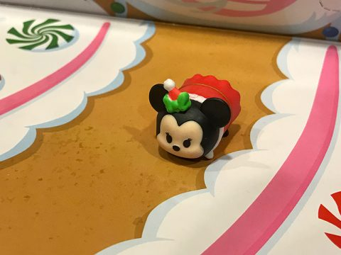 tsum-tsum-advent-calendar-2016-santa-minnie-mouse-toy